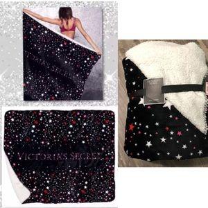 NEW Victoria's Secret Stars Sherpa Blanket 50x60